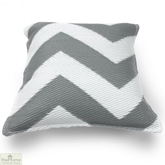 Grey and White Cushion_1