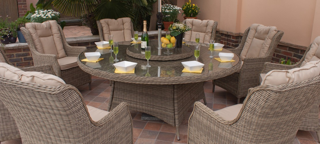 WELCOME SPRINGTIME – LET'S RELAX ALFRESCO AT LAST